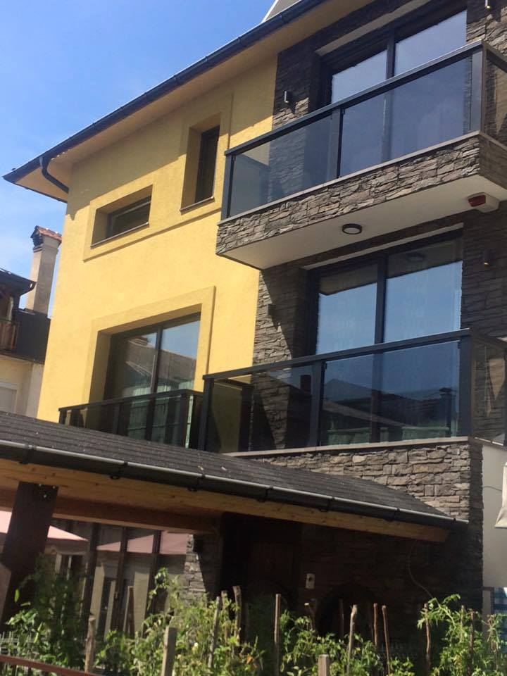 fasada dekorativni kamen